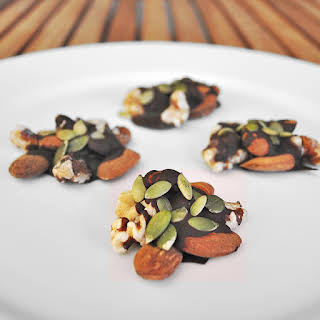 Dark Chocolate Clusters {No-Bake}.