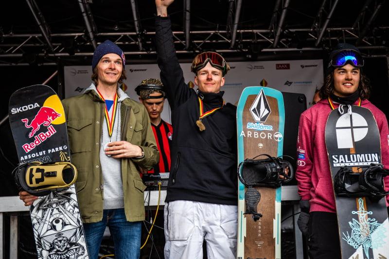 FIS podium Slopestyle Snowboarden