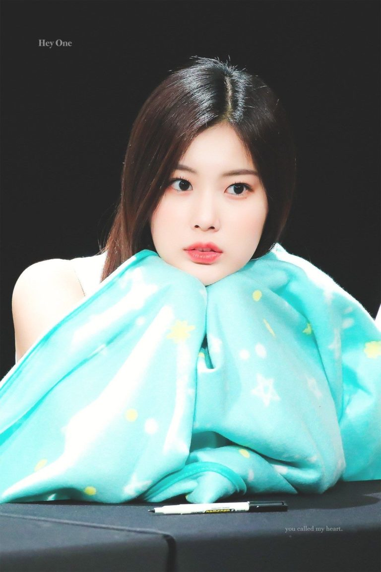 These Photos of IZ*ONE's Kang Hyewon Proves She's Only