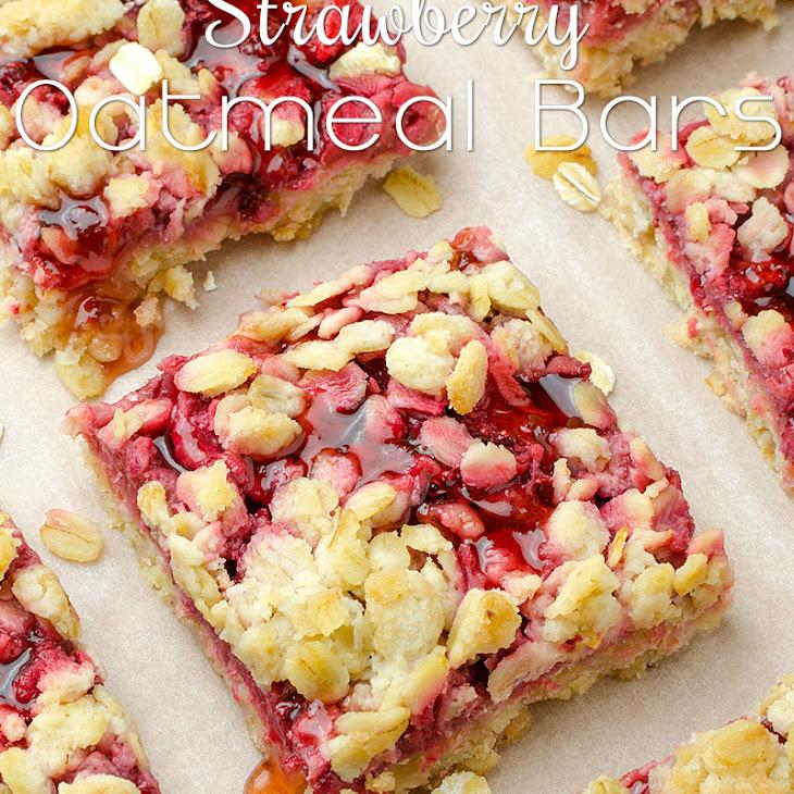 Healthy Breakfast Strawberry Oatmeal Bars Recipe