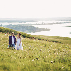 Wedding photographer Darya Zuykova (zuikova). Photo of 06.04.2018