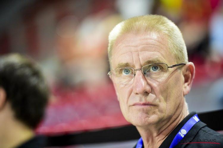 """Coach Eddy Casteels ontgoocheld in eigen speler: """"Heeft hij al in Aalst getekend?"""""""
