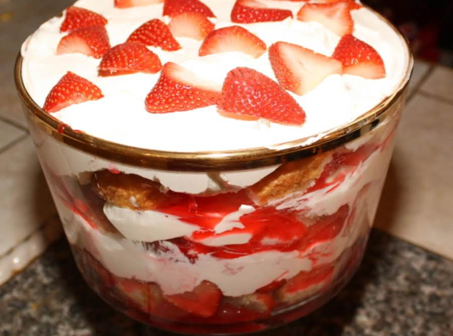 Strawberry Shortcake Trifle Recipe Just A Pinch Recipes