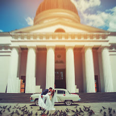 Wedding photographer Valentin Zhukov (Jukov). Photo of 26.05.2015