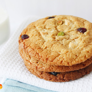 Dried Cranberry, Pistachio & White Chocolate Chip Cookies Recipe