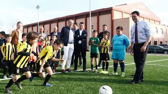 Sorbas estrena césped artificial en su campo de fútbol-7.