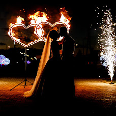 Wedding photographer Vitaliy Verkhoturov (verhoturov). Photo of 07.12.2018