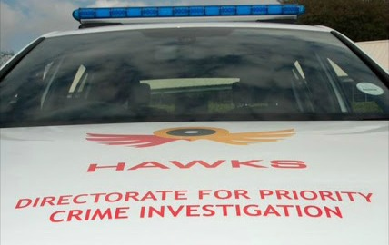 Hawks flag down suspect who 'drove off in Range Rover after duping bank'
