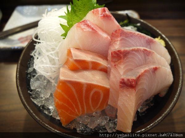三采壽司館-好厚實的生魚片 @ Mi Ni Latt=a  @House