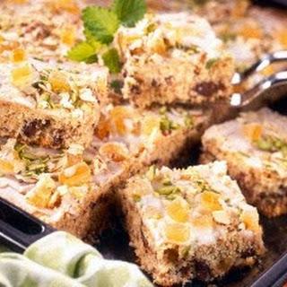 Schoko-Haselnusskuchen mit Ananas