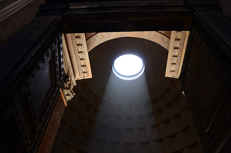pantheon di nicoletta lindor