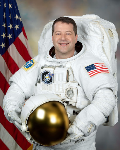 Official Astronaut Portrait of Nick Patrick - EMU photo