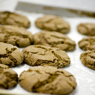 Dovetail Bakery's Vegan Chewy Ginger Molasses Cookies With Orange Zest