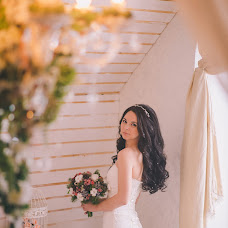 Wedding photographer Ekaterina Ponomarenko (akko). Photo of 10.03.2016