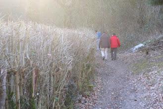 """Photo: Vers l'escalade du mont """"Everest"""" local avec Guy et Louis"""