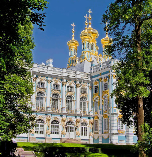Azamara-Catherine-Palace5-Pushkin-Russia.jpg - The golden domes of Catherine Palace in Pushkin, outside of St.Petersburg, Russian.