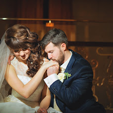 Wedding photographer Anastasiya Lesina (AnastasiaLesina). Photo of 01.04.2015