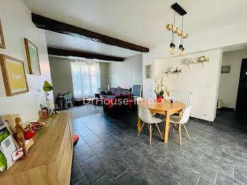 Maison 10 pièces 201 m2