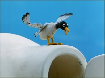 Pingu & the Seagull