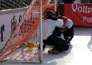 Photo: Polar Soccer WM 2011 -Mit dem Ball in das Tor