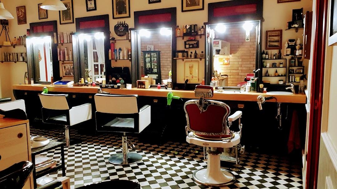 Head Rush Parrucchiere Barber Shop Napoli - Parrucchiere e barbiere