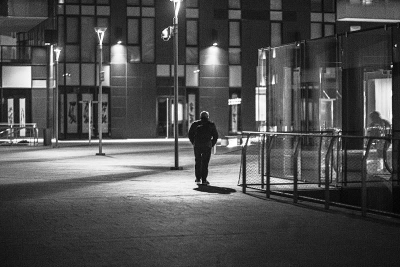 camminando nella notte di angart71