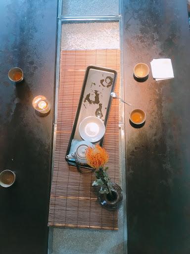 陽明山上隱密的餐廳,吃飯就是要配好山好水好風景,吃起來才特別,遠離一切世俗。如果是吃素的朋友可以來體驗看看,如果上想吃肉的朋友,建議先吃飽再來體驗😂😂