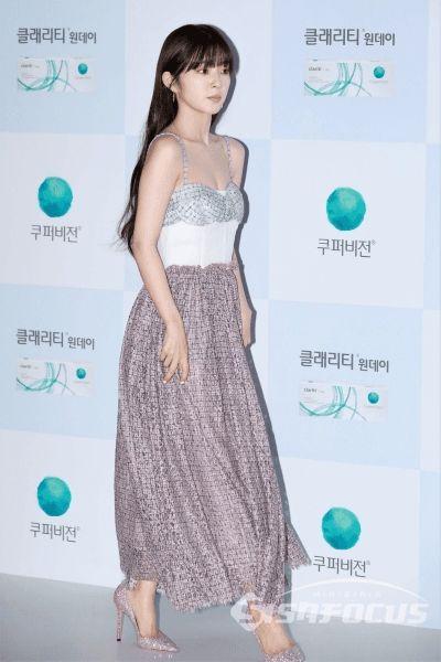 irene gown 14