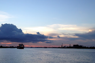 Photo: Sunset in NOLA http://ow.ly/caYpY