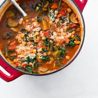 Kale and Quinoa Minestrone {Vegan and Gluten Free}.