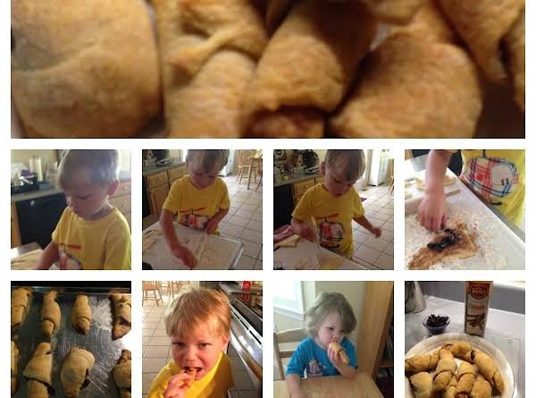 Yummy Cinnamon Crescents Recipe