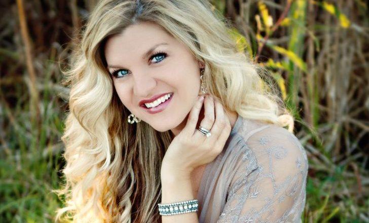 Brooke Daniels: Age, Net-Worth, Relationship & Career