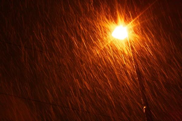 Lampione nella pioggia... di stefano.borsa