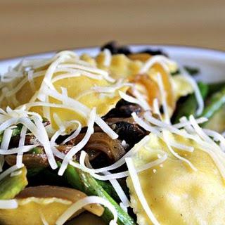 Lemony Ravioli and Asparagus.