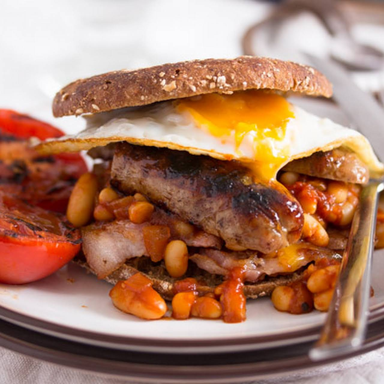Full English Breakfast – English Food – with Baked Beans