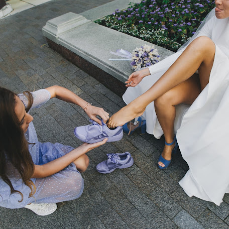 Wedding photographer Valya Lipatova (LipaValenti). Photo of 05.08.2017