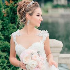 Wedding photographer Dmitriy Svarovskiy (Dmit). Photo of 13.12.2017