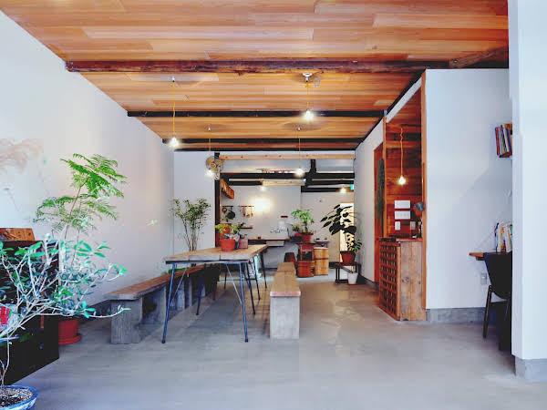 Hostel & Salon Saruya