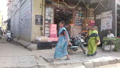 Photo: Bangalore street live