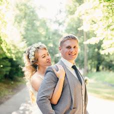 Wedding photographer Varya Kryuchkova (varyakryu). Photo of 03.08.2017