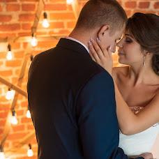 Wedding photographer Vitaliy Manzhos (VitaliyManzhos). Photo of 25.12.2017