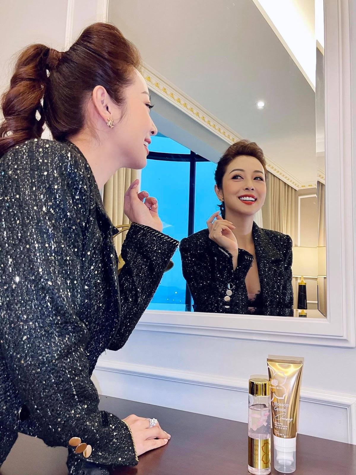 Hoa hậu Jennifer Phạm chia sẻ 4 tips phòng ngừa nám hiệu quả tại nhà - Ảnh 4
