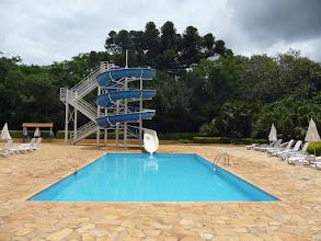 Photo: piscina com toboágua