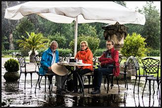 Photo: Wer im Regen sitzt braucht etwas mehr Geduld. Fotogalerie:  goo.gl/B1OsX8