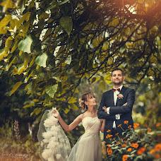 Wedding photographer Anna Vikhastaya (AnnaVihastaya). Photo of 25.10.2015