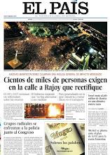 Photo: Cientos de miles de personas exigen en la calle a Rajoy que rectifique, grupos radicales se enfrentan a la policía junto al Congreso,Israel mata al jefe militar de Hamás en una ofensiva contra Gaza y Merkel se planta ante el plan de la UE para la cuota femenina y grupos. http://srv00.epimg.net/pdf/elpais/1aPagina/2012/11/ep-20121115.pdf