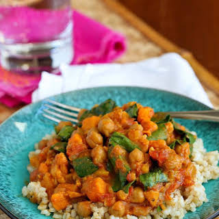Slow Cooker Vegetable Curry Recipe with Sweet Potato & Chickpeas.