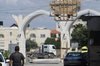 Photo: Expensive gate to the refugeecamp of Jenin. The gate was never completed.