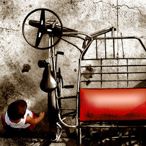 Side car by Dominic Meily - Artistic Objects Other Objects ( photopaint, streetphotography, sidecar, dominicmeily, children, meily )