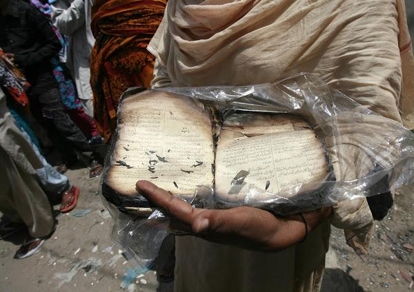 Pakistan's Christians struggle to keep the faith